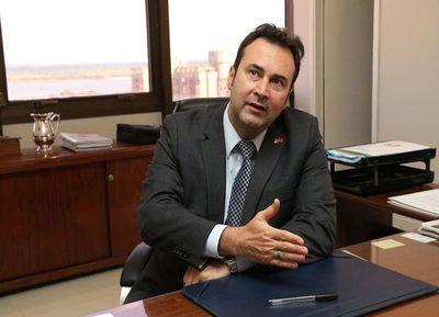 ¡Alerta en IPS! Presidente de la previsional va a cuarentena