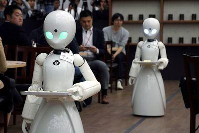 Crean robot capaz de realizar experimentos de laboratorio