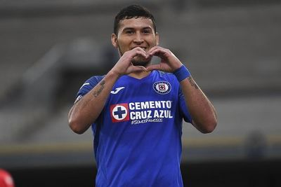 Escobar clasifica al Cruz Azul