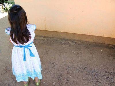 Lambaré: Niña enjaulada por su abuela será evaluada