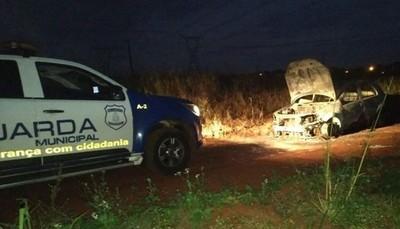 """Encuentran vehículo  incendiado del sicario  que mató a esposa  del narco  """"Toma'í"""" – Diario TNPRESS"""