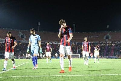 Cerro tiene a dos en duda para su debut ante Libertad