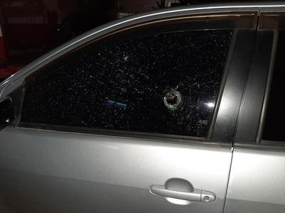 """""""Volví a nacer"""": Una mujer contó cómo intentaron robarle el auto y se salvó"""