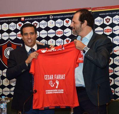 César Farías reveló quien fue el culpable de su salida de Cerro Porteño