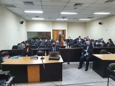 Fiscalía pide 7 años de prisión para ex ministro de la Niñez por sobrefacturación