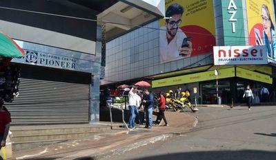 Comercios de Ciudad del Este siguen vendiendo solo el 20%