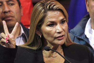 "Presidenta de Bolivia: ""He dado positivo al Covid-19"""