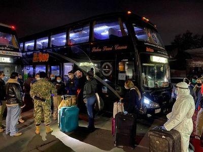 138 connacionales abandonan albergues tras dar negativo al Covid-19