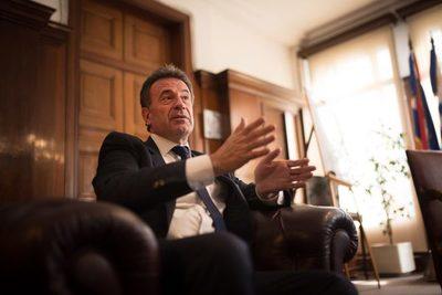 Uruguay exige prueba negativa por covid al ingreso