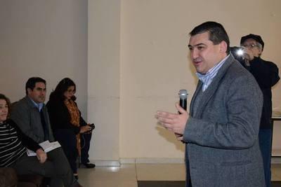 Otro outsider en la picota: Concejales de Encarnación piden intervención a administración de Luis Yd