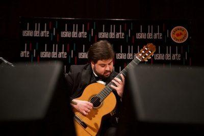 Guitarra paraguaya competirá en Barcelona
