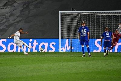 Real Madrid se acerca al título tras lograr su octavo triunfo consecutivo