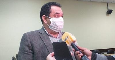 Tras condena, exministro de Niñez asegura ser víctima de estafa
