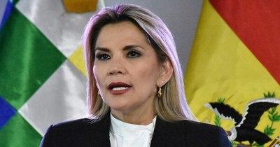 Presidenta de Bolivia da positivo al covid-19