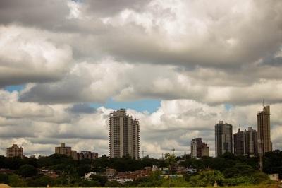 Anuncian aumento de la nubosidad y lluvias en el sur del país