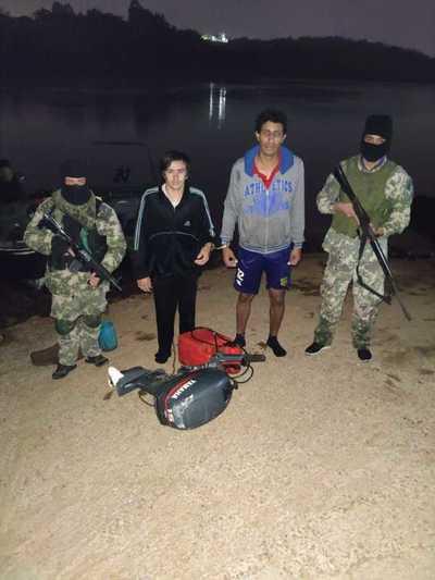 Quisieron cruzar el río Paraná terminaron preso