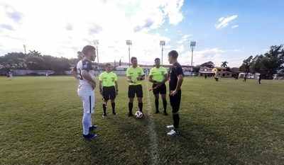 A días del reinicio, Gral. Díaz rompe protocolo: ¿Pone en riesgo la vuelta del fútbol?