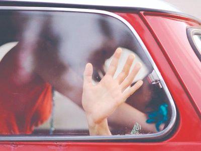 Para ahorrar un poco más, las parejas aplican el auto-telo