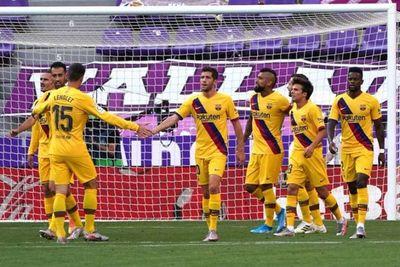 Barcelona gana con lo justo y no se rinde en la lucha por el título