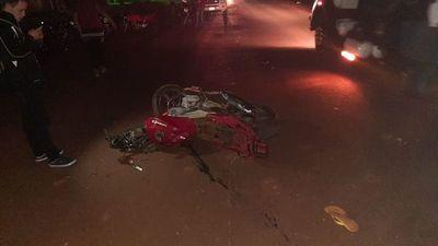 Automovilista huye tras accidente, pero quedó en el lugar la chapa de su vehículo