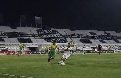 Argentinos solicitan posponer reinicio de Copa Libertadores