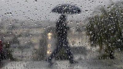 Pronostican lunes lluvioso con descenso de temperatura