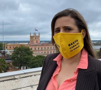 Por filtrar información sensible corresponde que se destituya al viceministro Julio Rolón, sostiene diputada