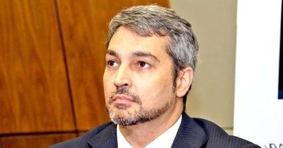 Abdo promulgará ley de jubilación de profesionales de la salud