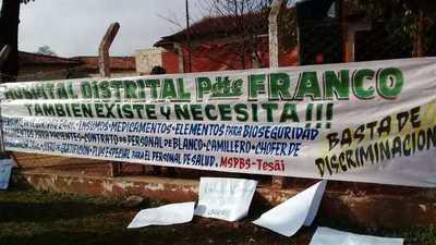 Protesta ante falta de recursos en el Hospital Distrital de Presidente Franco