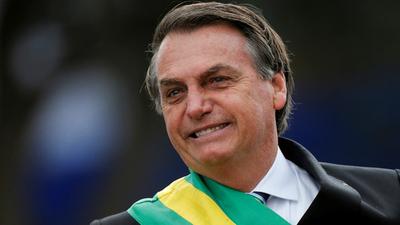 Bolsonaro afirma que se siente bien y hoy se realizará un nuevo test