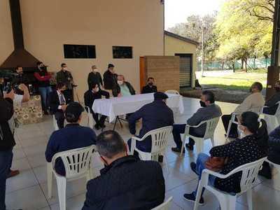 """Trabajadores del centro """"tomarán"""" puente si no llegan subsidios y créditos blandos"""