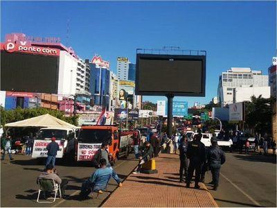 Autoconvocados y transportistas se movilizan en Ciudad del Este