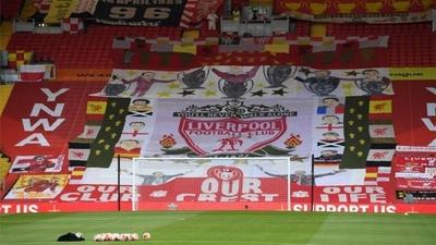 HOY / El Liverpool levantará la Premier League en la grada The Kop de Anfield