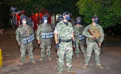 Balacera entre contrabandistas y militares deja 35 demorados