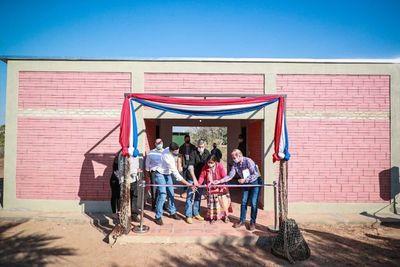 Gobierno entrega 207 viviendas a familias de comunidades indígenas