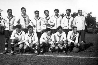 A 90 años del primer triunfo de la Albirroja en los mundiales