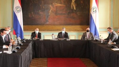 Cumbre de poderes se enfocó en reforma del Registro Público