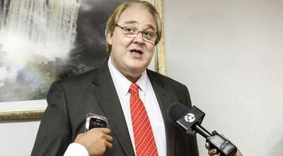Gobernador se planta, y asegura que no aceptará imposiciones de la alianza Cartes-Marito
