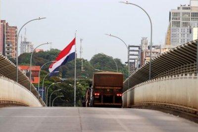 Abdo Benítez asegura que fronteras seguirán cerradas hasta que se aplane curva de contagios en Brasil