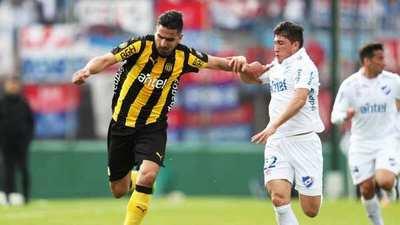 El fútbol uruguayo regresa, con el clásico como gran atractivo
