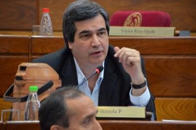 Movilizaciones violentas pueden seguir ante falta de respuesta del Gobierno, advierte senador