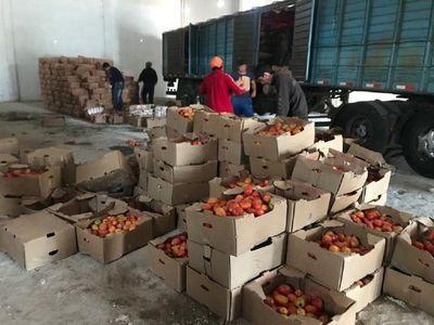 Decomisan presunto contrabando de azúcar y tomate en Coronel Oviedo
