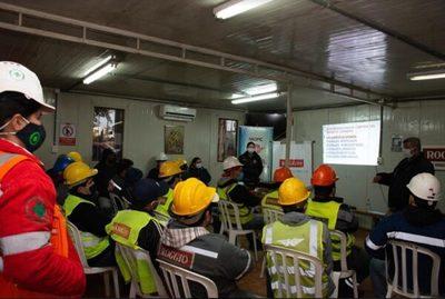 Conductores de la obra Corredor de Exportación reciben capacitación