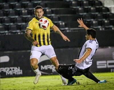 Raúl Bobadilla y un golazo que agiganta su figura