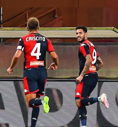 Un doblete del Tonny Sanabria confirma al Genoa en la Serie A