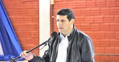 Entre los defensores de Friedmann se encuentra  intendente con antecedentes por irregularidades